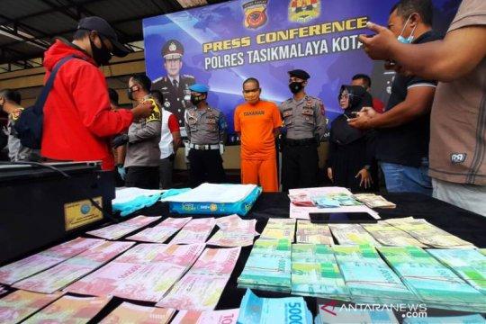 Polisi ungkap penjualan uang palsu lewat media sosial di Tasikmalaya