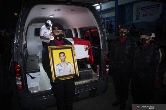Jenazah polisi yang tertembak di Papua tiba di Palembang