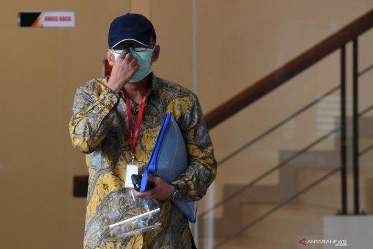 KPK menahan eks pejabat Ditjen Pajak Angin Prayitno Aji