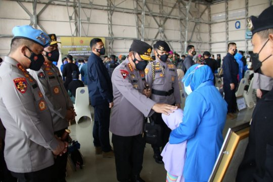 Kapolri fasilitasi anak prajurit KRI Nanggala jadi anggota Polri