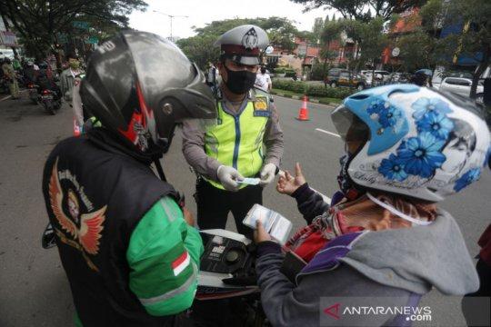 Pemerintah Kota Bandung memperketat pengawasan mobilitas warga