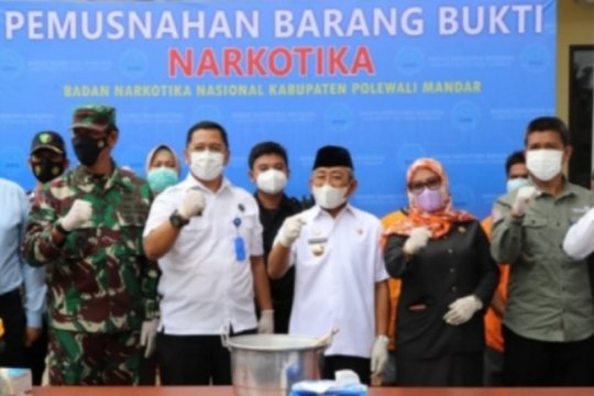BNNP Sulbar musnahkan 329 gram sabu