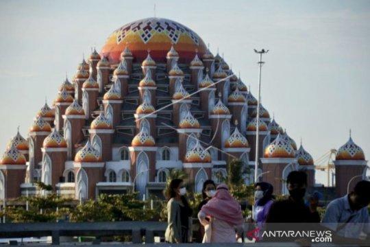 Pemprov Sulsel diminta selesaikan pembangunan Masjid 99 Kubah