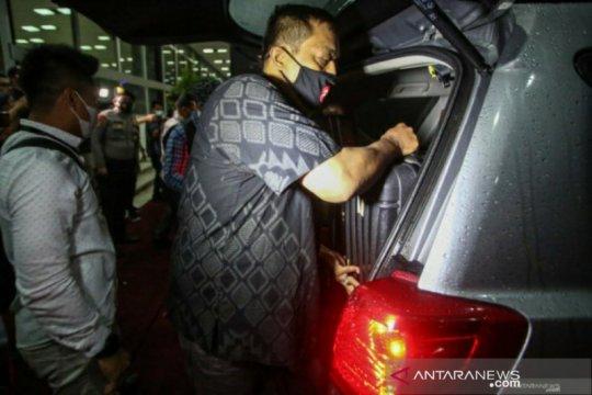 KPK amankan barang terkait kasus suap geledah rumah Azis Syamsuddin