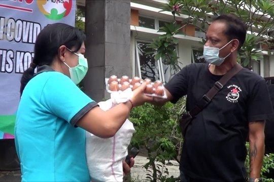 101 paket sembako untuk siswa autis di Bali
