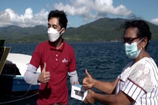 Bakti Kominfo beri bantuan telepon satelit untuk Flores Timur