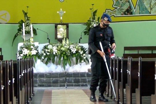 Brimob Polda DIY sterilisasi gereja jelang paskah