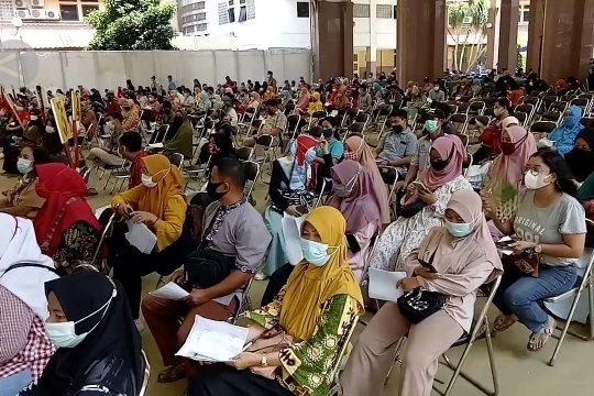 Kejar vaksinasi guru, Disdik Kota Tangerang optimistis PTM bulan Juli