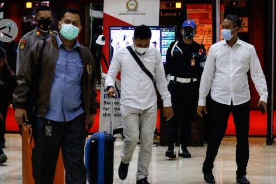 Kemenkumham cekal Aziz Syamsudin ke luar negeri