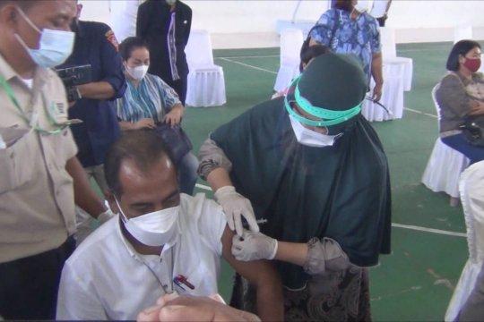 Baru 9% lansia di Maluku yang terima vaksinasi COVID-19