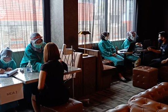 Jaga investasi pariwisata, vaksinasi sasar pekerja hotel di Kota Cilegon