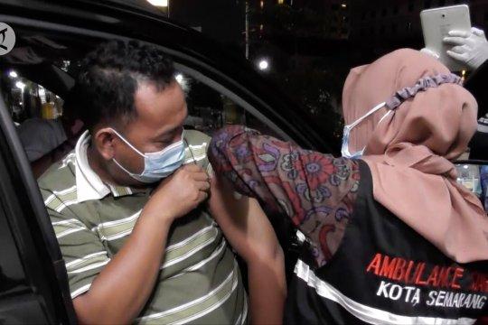 Semarang gelar vaksinasi tanpa turun di malam hari