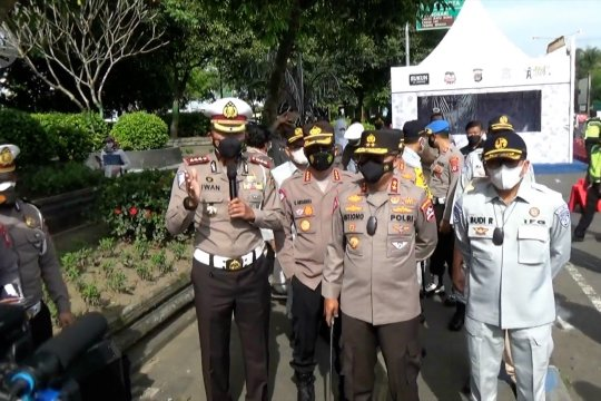 Kakorlantas Polri tinjau pengetatan mudik di perbatasan DIY-Jateng