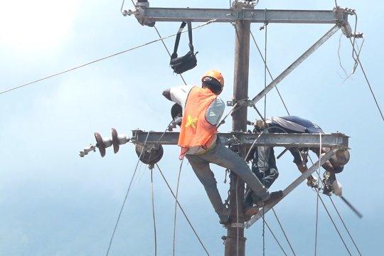 PLN telah perbaiki lebih dari 50 persen listrik di Adonara