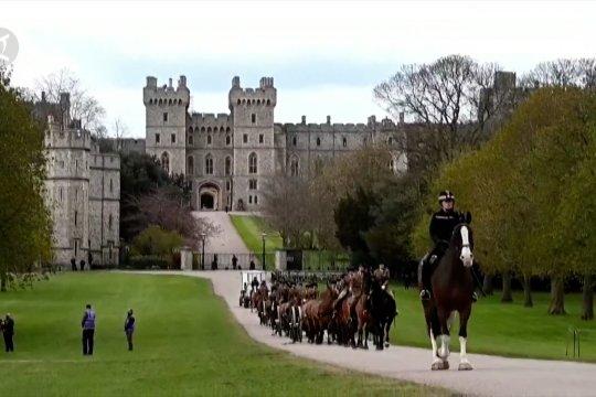 Melihat persiapan pemakaman Pangeran Philip