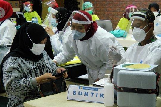 Menkes minta PB IDI gerakan seluruh dokter pada vaksinasi semester 2