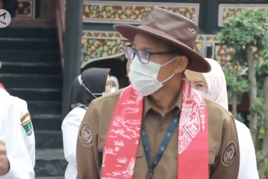 Kembangkan PDIKM Padang Panjang, Sandi Uno akan carikan investor