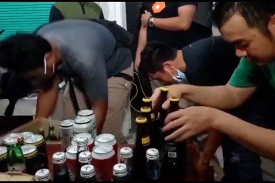 Terima laporan warga, Polres Pangkalpinang geledah penjual miras