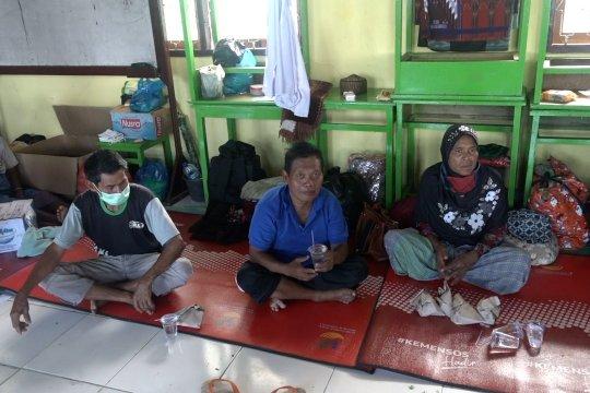 Minim prokes, layanan kesehatan pengungsi Weiwerang dimaksimalkan