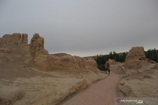Menapaki jejak suku Uighur di bukit Yarghul