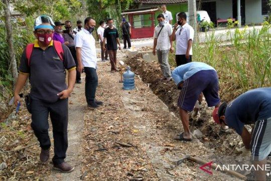 Hujan tak turun, warga Gunung Kidul-DIY mulai kesulitan air bersih