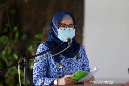 Pemkab Bone Bolango vaksin warga usai Shalat Tarawih
