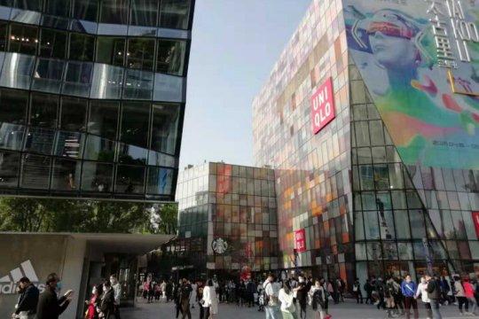 Variety show China dilarang tayang gara-gara buang susu ke selokan