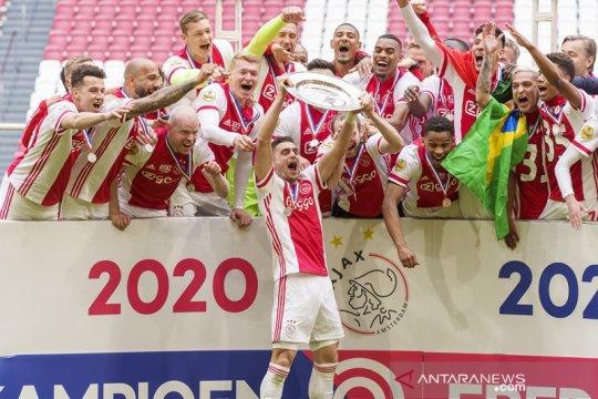 Dusan Tadic tegaskan Ajax masih lapar raih banyak gelar
