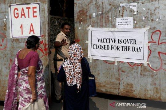 COVID-19 menurun, Maharashtra India longgarkan pembatasan