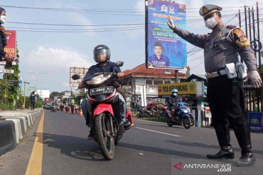 Jalur arteri Cirebon mulai ramai dilintasi pemudik sepeda motor