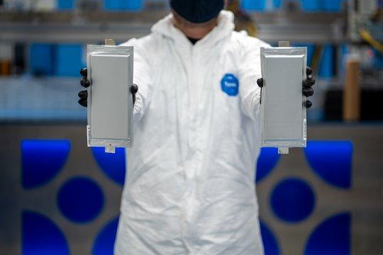 Ford dan BMW kucurkan Rp1,8 triliun untuk baterai EV