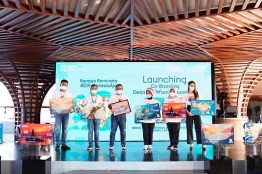 Sinergi dengan Kemenparekraf, BRI luncurkan debit BRI Wisata Nusantara