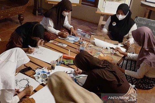 """Ngabuburit"" cerdas ala pemuda ""Cartoon Village"" di Purbalingga"