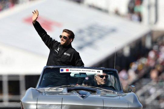 Grosjean bakal beraksi dengan mobil Mercedes W10 di Paul Ricard