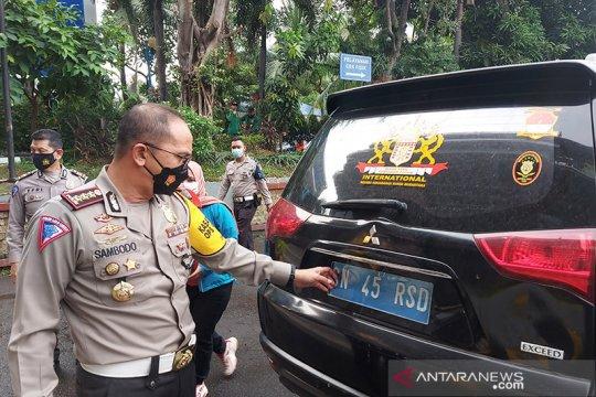 Kriminal kemarin, pelat nomor Kekaisaran Sunda hingga sidang Rizieq