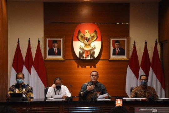 Kemarin, perkembangan kasus Munarman sampai status pegawai KPK