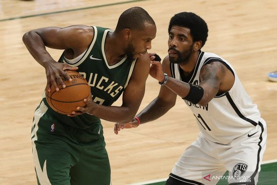 Milwaukee Bucks raih kemenangan 141-133 atas Houston Rockets
