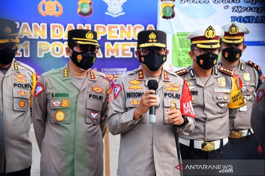 Polisi berlakukan sistem buka tutup di GT Cikarang Barat