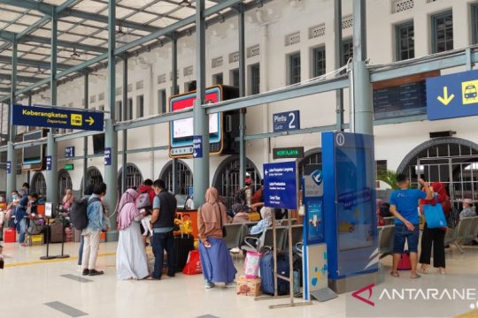 KAI : 58.629 penumpang berangkat sebelum mudik dilarang
