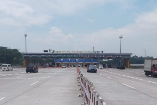 Hingga H-1 larangan mudik, 414.774 kendaraan tinggalkan Jabodetabek