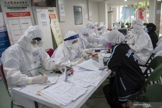 100.000 tenaga kesehatan masih dalam daftar tunggu pembayaran insentif