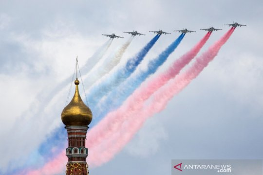 Putin akan tinjau kekuatan militer Rusia, ketegangan dengan Barat naik