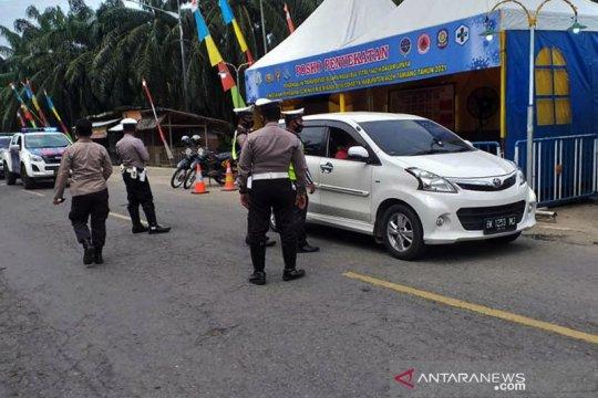148 kendaraan diperintah putar balik di perbatasan Aceh