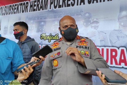 Warga mengungsi saat kontak tembak KKB dengan TNI-Polri di Ilaga