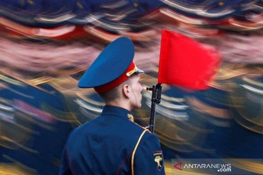 Gladi bersih peringatan Hari Kemerdekaan Rusia