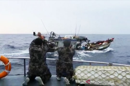 KKP tangkap dua kapal ikan asing berbendera Vietnam di Natuna Utara