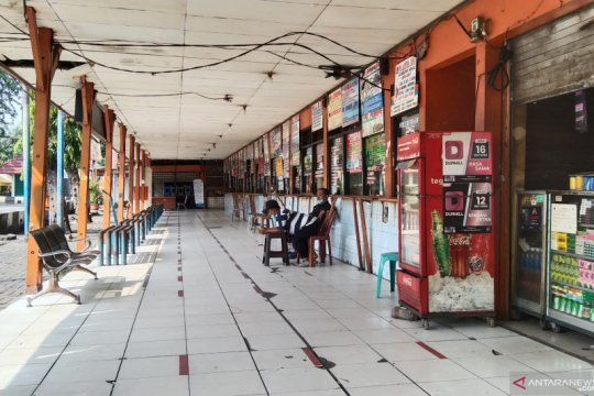 Penjualan tiket AKAP Terminal Kalideres diperkirakan anjlok 95 persen