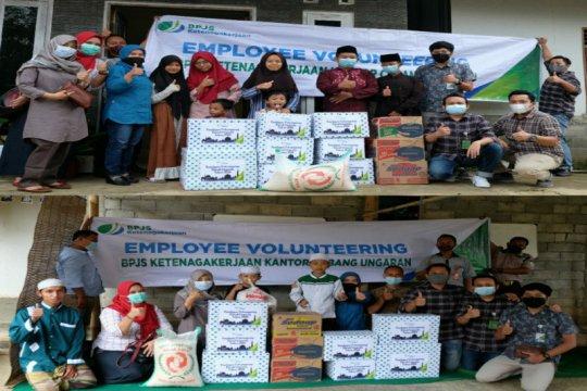 Employee Volunteering, BPJS Ketenagakerjaan Ungaran salurkan bantuan ke 2 panti asuhan