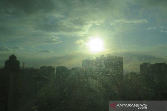 Beijing dilanda angin kencang, 22 meter per detik