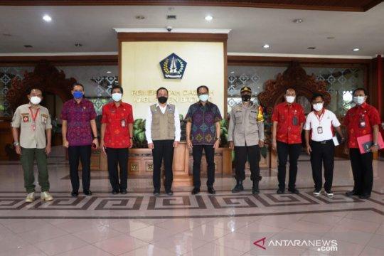 Tim Satgas Pakar Penanganan COVID-19 Nasional pantau prokes di Badung